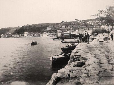IST 003 / Anonim / Arnavutköy Boat Landing, 1895