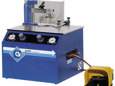 Pnömatik  çerçeve köşe birleştirme makinası